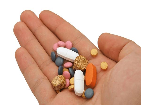 Giải mộng ý nghĩa giấc mơ thấy uống thuốc