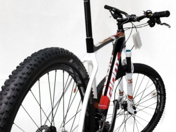 Nằm mơ thấy lốp xe đạp có điềm báo tốt hay xấu?