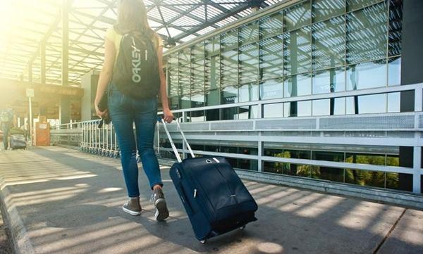 Nằm mơ thấy đi nước ngoài là điềm báo gì?