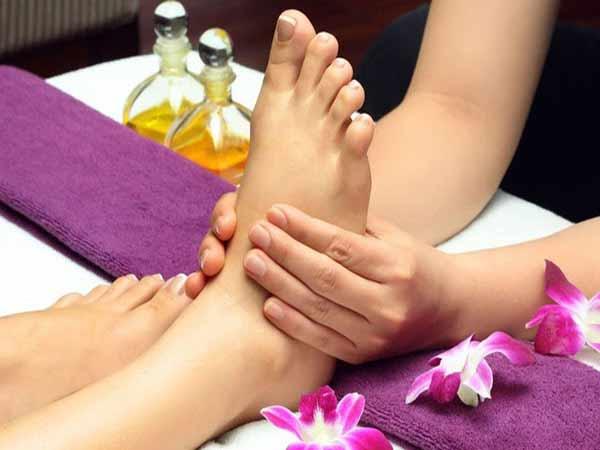 Massage mặt giúp chống lão hóa da, thư giãn cơ thể