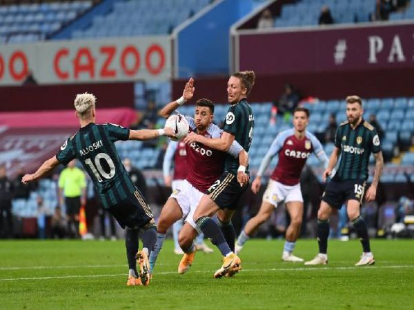Soi kèo Leeds vs Aston Villa, 00h30 ngày 28/2 - Ngoại Hạng Anh