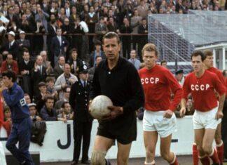 """Tiểu sử Lev Yashin - """"Nhện đen'' làng bóng đá thế giới"""