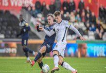 Soi kèo Tài Xỉu Swansea vs Barnsley (00h30 ngày 23/5)