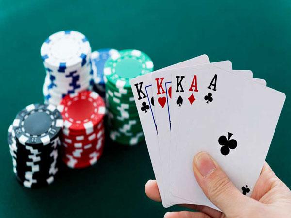 Các hạng bài trong Poker